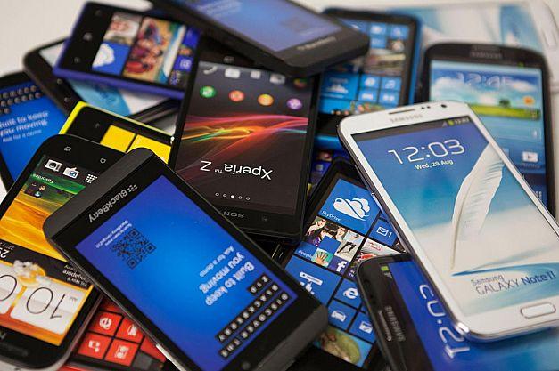 إحباط تهريب هواتف محمولة وأجهزة إلكترونية بميناء طنجة المتوسط