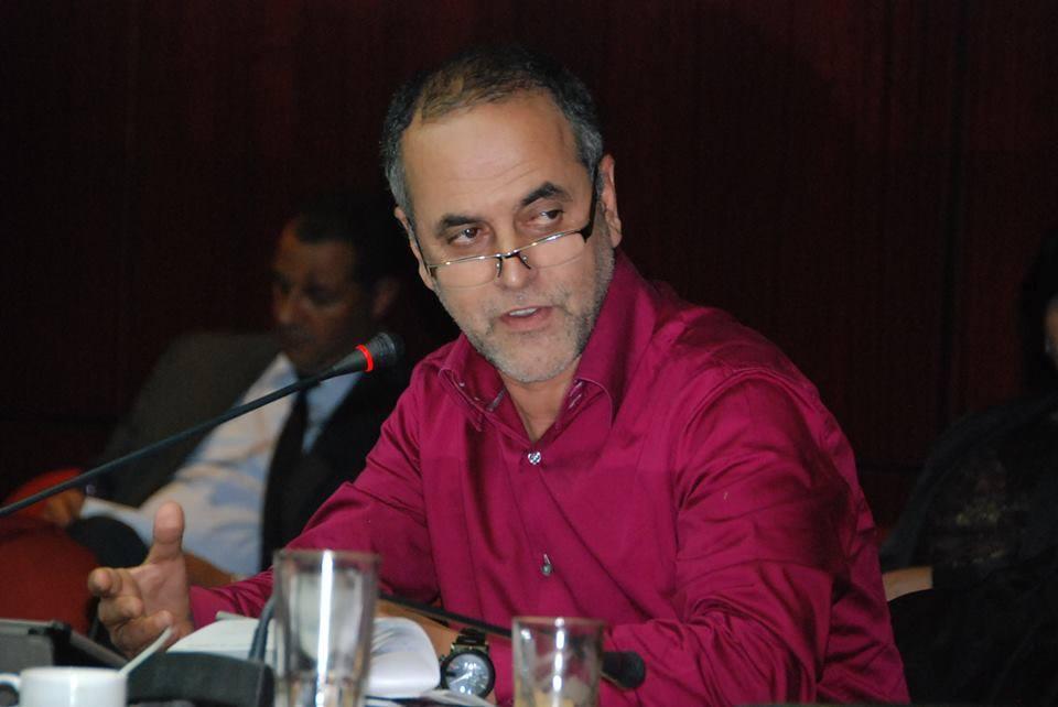 نقابة الصحافيين تُندد بمقاضاة البقالي