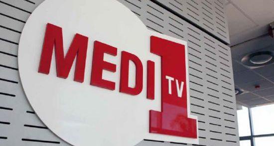 """نقابة """"ميدي1 تيفي"""": نقل العاملين بالراديو إلى القناة يهدد السلامة الصحية للمستخدمين"""