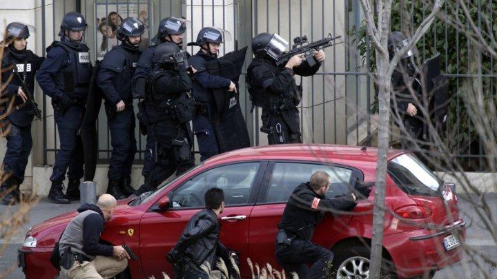 """فرنسا: النيابة العامة تفتح تحقيقا في هجوم بالسكين قرب مقر """"شارلي إيبدو"""" السابق"""