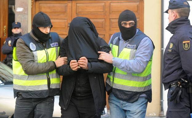 تفكيك خلية جهادية بإسبانيا زعيمها مغربي