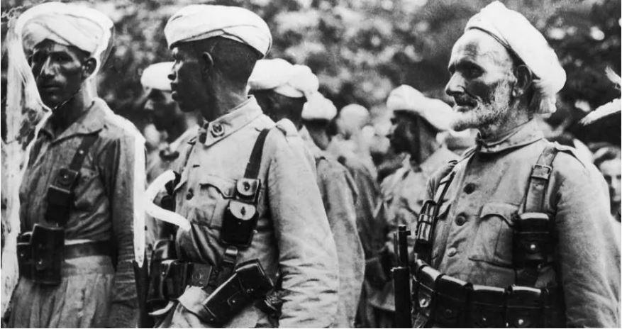 """""""الكوم"""" مغاربة دافعوا بشجاعة في سبيل تحرير فرنسا"""