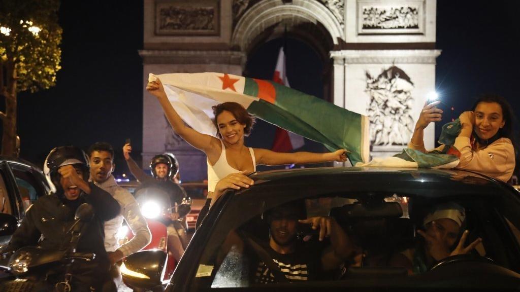 فرنسا.. حصيلة ثقيلة في احتفالات تأهل الجزائر