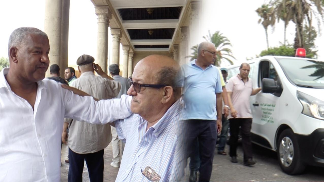 مراسيم دفن العزوزي بحضور نقابيين بارزين (فيديو)