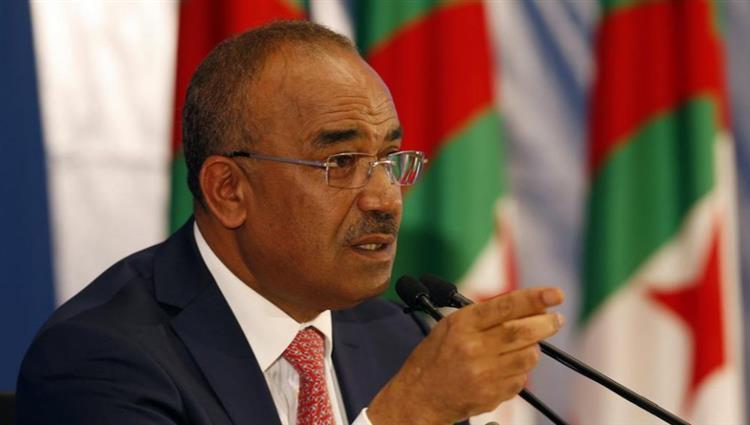 تقارير ترجح استقالة وشيكة لرئيس الحكومة الجزائرية