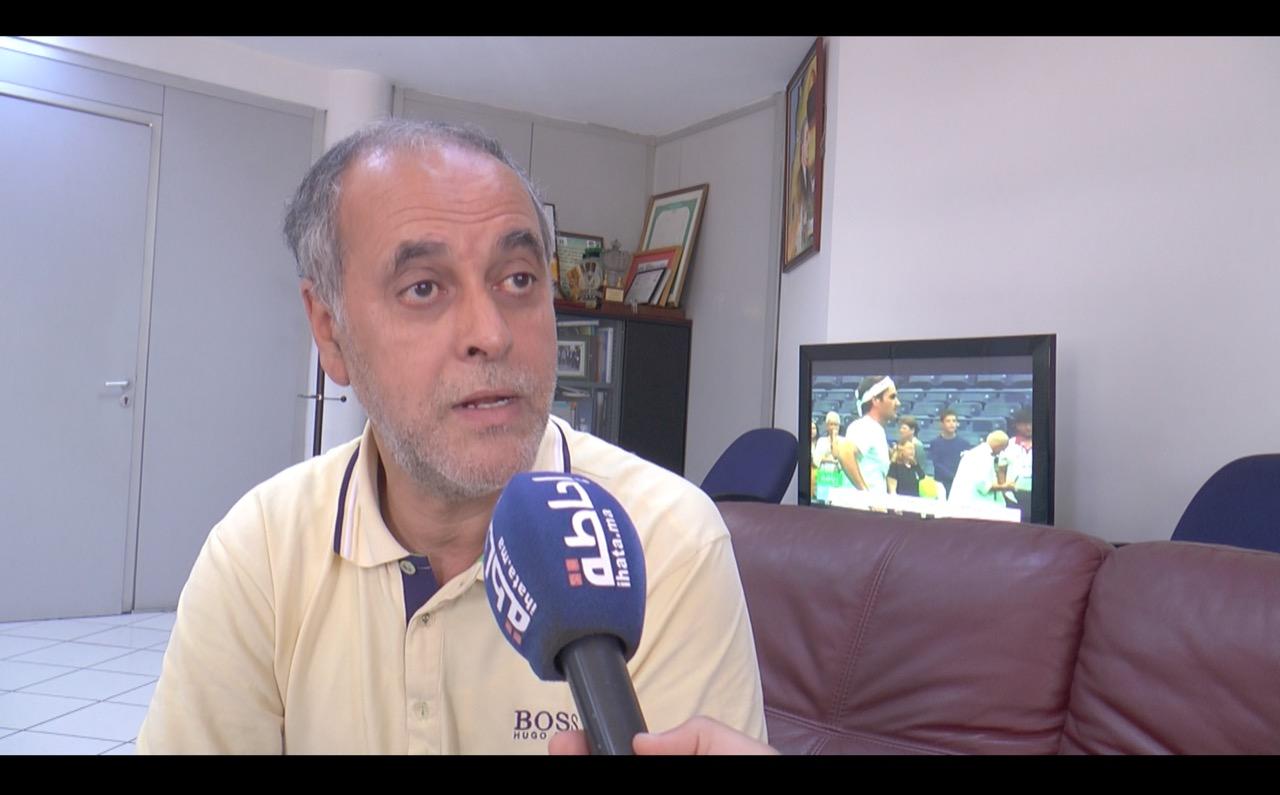 """نقابة الصحافة تتهم الحكومة بـ""""التشويش"""" وتطالب بسحب قانون """"الكمامة"""""""