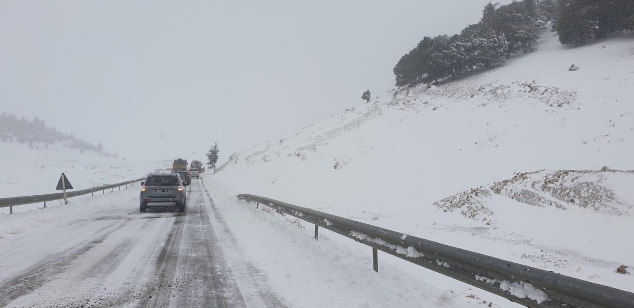 برنامج عمل مكثف لمواجهة أثار موجة البرد بميدلت (صور)