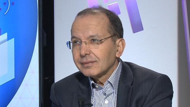نبذة عن أحمد بونفور عضو اللجنة الخاصة بالنموذج التنموي