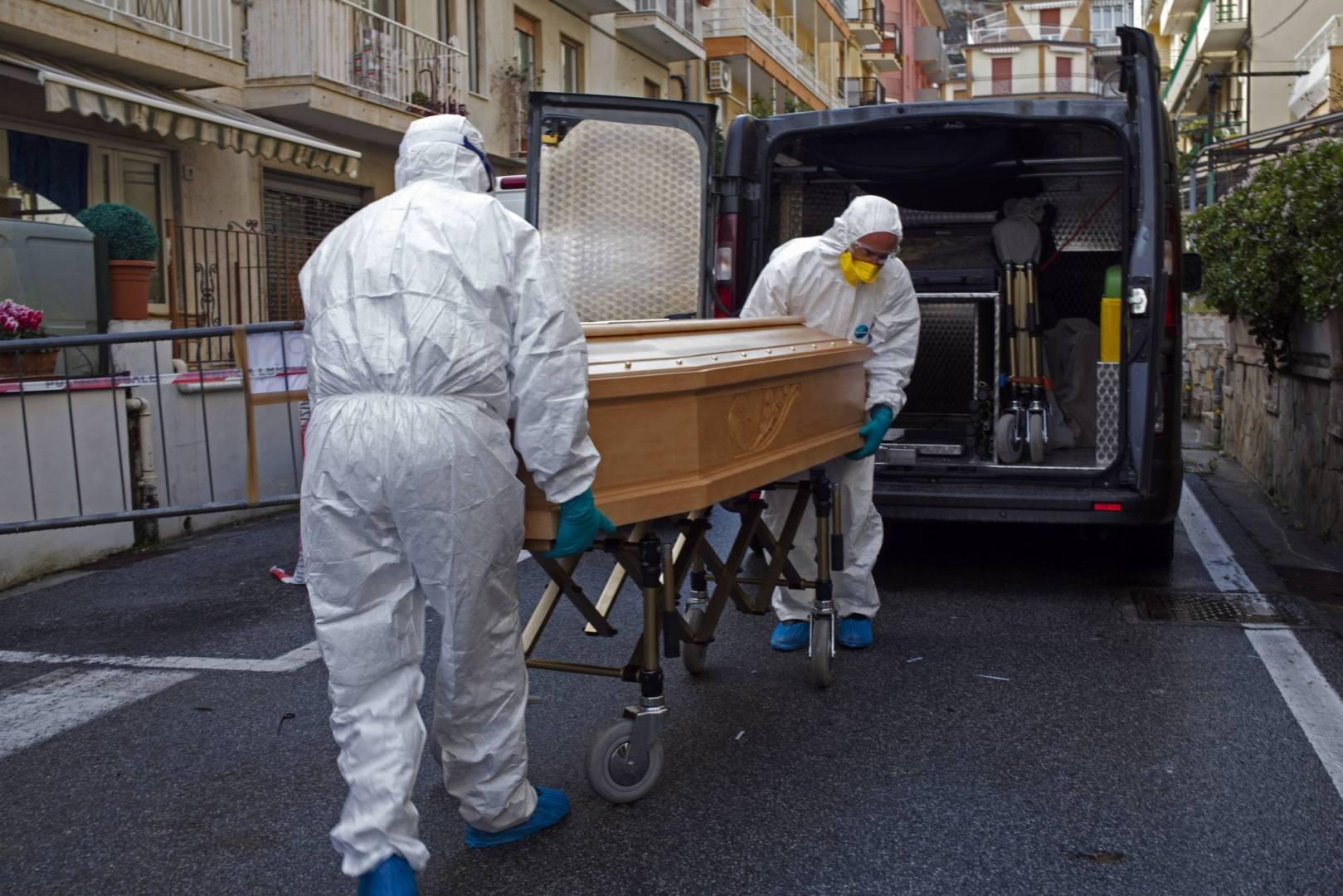 """وفاة أول حالة """"كورونا"""" في دولة جارة للمغرب"""
