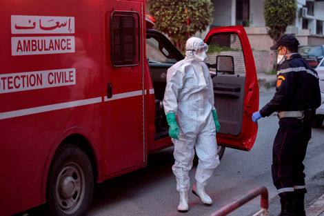 إنطلاق عملية نقل المصابين بكورونا من الدار البيضاء إلى بنسليمان