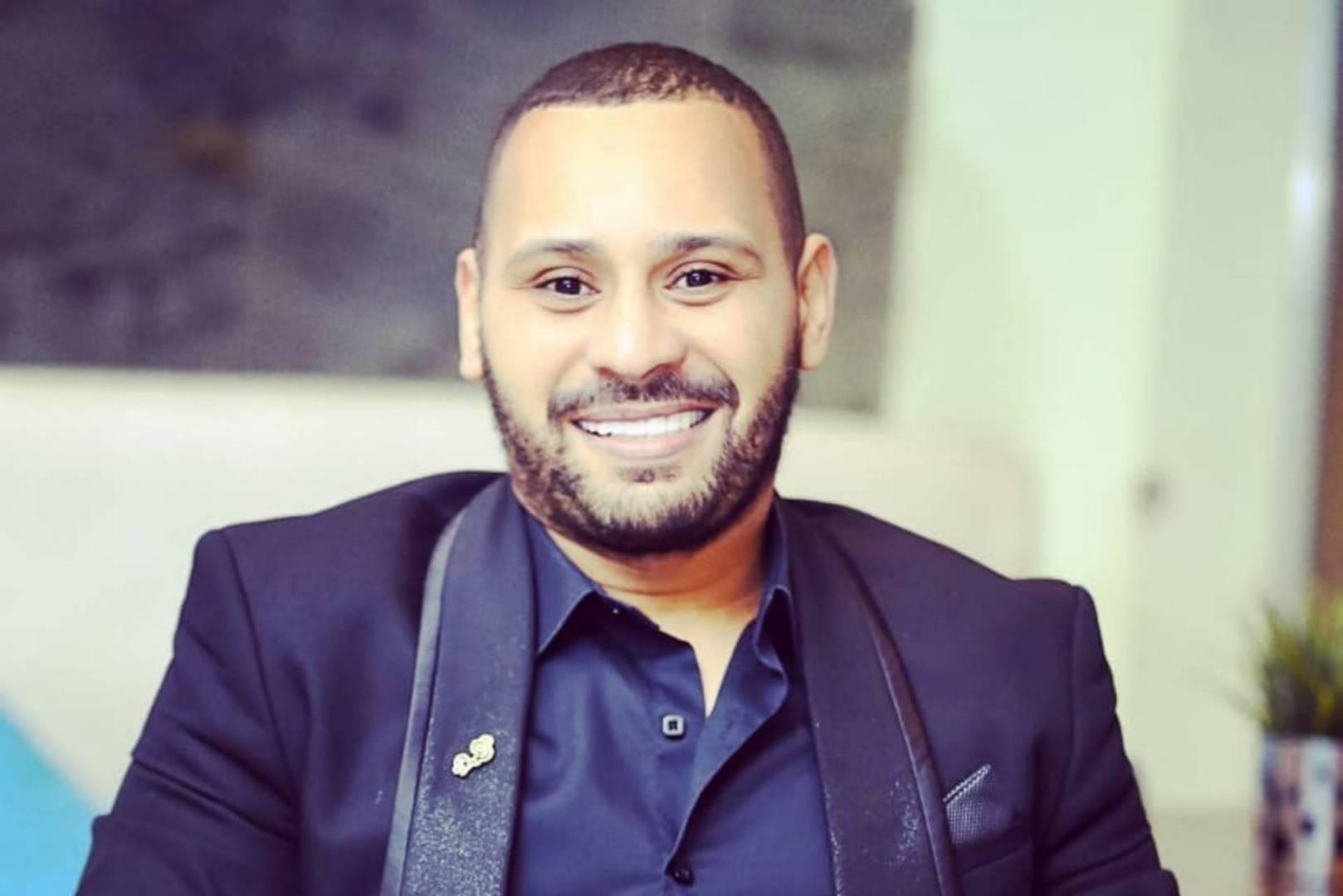 فيديو.. محمد الريفي يعود إلى المغرب بعدما كان عالقا بمصر