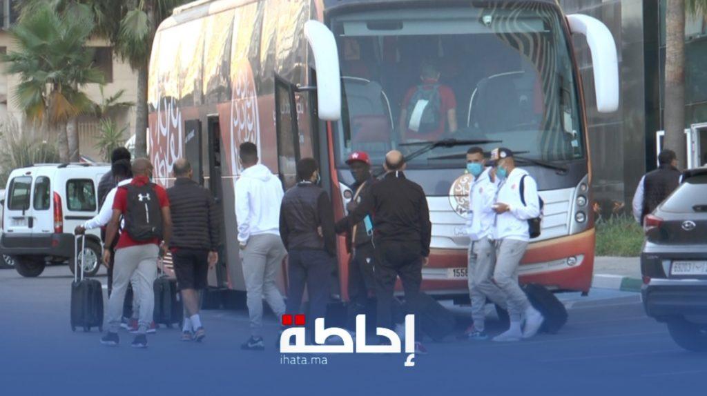 فيديو.. الوداد الرياضي يتوجه صوب ملعب محمد الخامس قبل مواجهة الأهلي